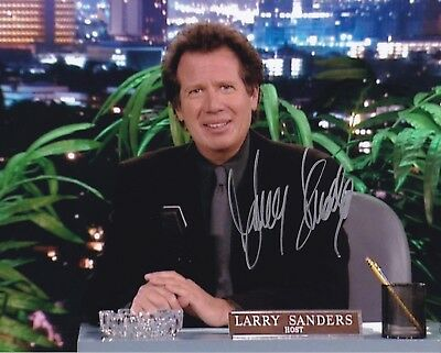 GARRY SHANDLING signed LARRY SANDERS SHOW photo - VERY RARE! / PIC PROOF!