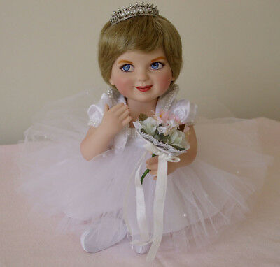 Franklin Mint - Princess Diana - Precious in Pearls - Porcelain Baby Doll