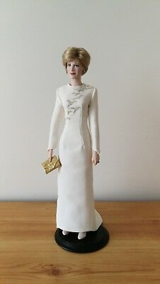 Franklin Mint - Princess Diana - Queen of Fashion - Porcelain Doll