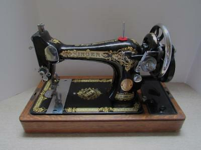 ANTIQUE SINGER SEWING Machine40hand Crank40bentwood Case Gorgeous 1923 Singer Sewing Machine