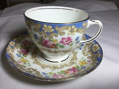 Old Royal Bone China Cup/saucer England       White/blue