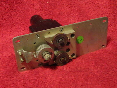 Mitchell Ind Inc Model 1C469-1-303 Servo  With Mount Plate
