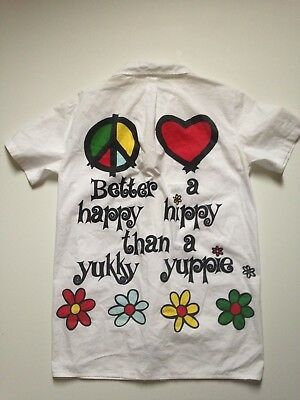 """Moschino Jeans Vintage shirt """"Better a happy hippy than a yukky yuppie"""" tg. M"""