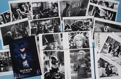BATMAN RETURNS 1992 Original Press Kit 18 photos Tim Burton CATWOMAN Penguin