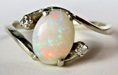 Vintage Fire Opal Diamond 14K White Gold Ring Size 7.5 Blue Green Red Fire