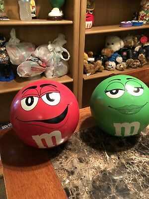 M&M Collectibles Piggy Banks Set Of 2 1 Green One REd