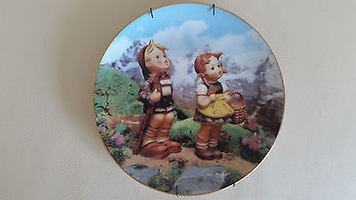 Danbury Mint Hummel Plate 'Little Explorers', L/E, Numbered, Mint W/Hanger, 8""