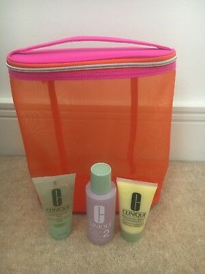 CLINIQUE 3 STEP TRAVEL SET brand new with beauty bag