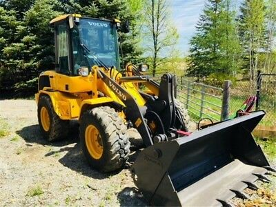 Little wheel loader / Very clean  / 203 Hours / 2017 / Full mantained