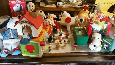Lot of 30+ Snoopy Collectibles