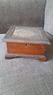 Victorian Oak jewellry box with Georgian panel lid insert