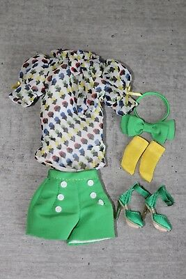 Vintage Vynil Dynamite Girl outfit