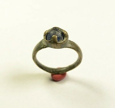 Nice Medieval Period Ring With Blue Stone In Bezel - Wearable