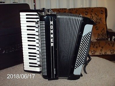 Honner Amica Forte Iv Accordion