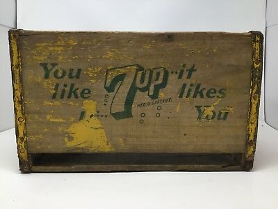 7-Up wooden crate Vintage circa 1970's