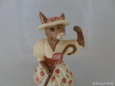 Royal Doulton Bunnykins - Little Bo Peep Bunnykins - DB 220