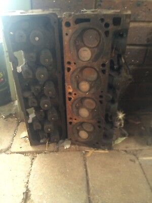 Ford Cleveland Closed Chamber Cylinder Heads