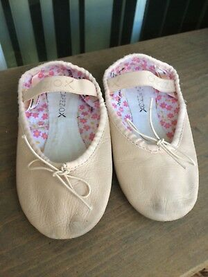 CAPEZIO Girls Ballet Pink Style 205C Leather Ballet Slippers,Size 12M