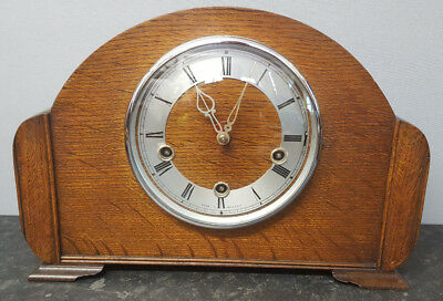 Vintage 8 Day Oak Westminster Chiming Mantle Clock