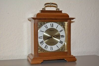 RHYTHM Mantle clock. Japan Made. Working order. Wooden case. Hour strike.