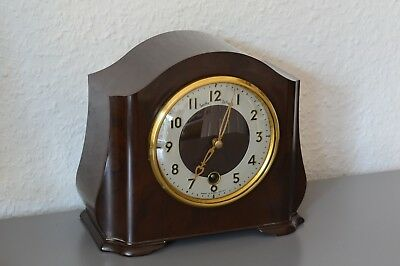 SMITHS ENFIELD Bakelite mantle clock. Made in Great Britain. Working order