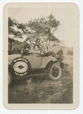 DIXIE GAS SIGN ON 1930s CONVERTIBLE  SMALL SNAPSHOT PHOTO