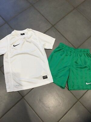 Nike Dri Fit White T Shirt And Green T Shorts Set Age 8-10