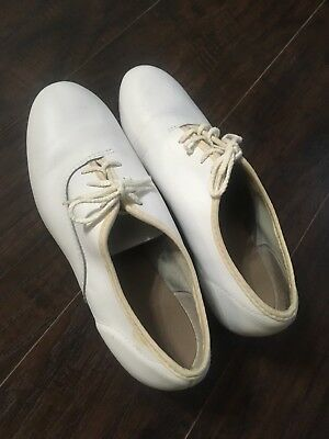 Womens 7.5 Clogging Shoes
