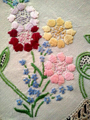 Gorgeous Pastel Flowers & forgetmenots ~Vintage Hand Embroidered CentreMat