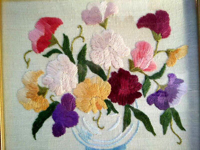 Charming Raised SWEET-PEAS ~ Vintage Heavily Hand Embroidered Framed Picture