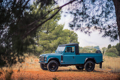 1989 Land Rover Defender Santana 250DL