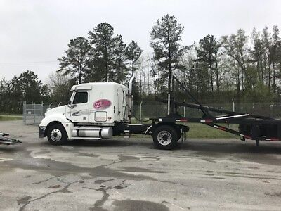 Freightliner Columbia with Sun Country 4 Car Hauler