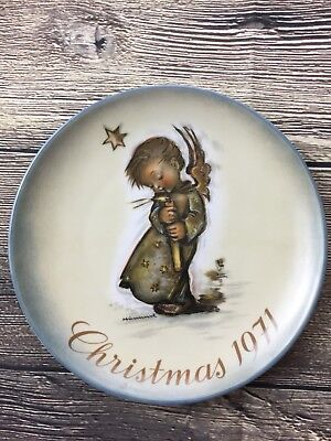 Vtg Berta Hummel 1971 Christmas Plate Collector Series w/ Box Schmid W. Germany