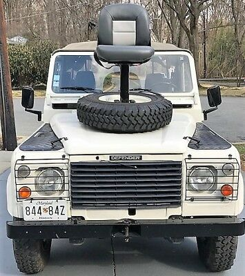 1986 Land Rover Defender White