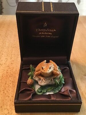 Country Artists Miniature Frog Pre Owned