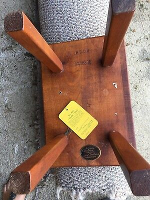 CUSHMAN Colonial  MAPLE FOOT STOOL #9038 sm WOOD Bench EXCELLENT CONDITION