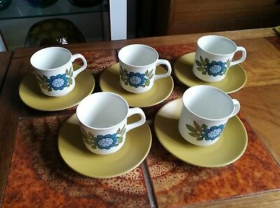 5 Meakin Topic Coffee Cups and Saucers