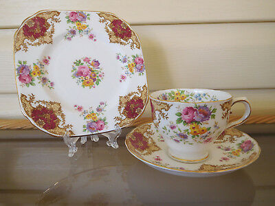 "Tuscan ""Provence"" Trio C8494 Made In England 1940s"