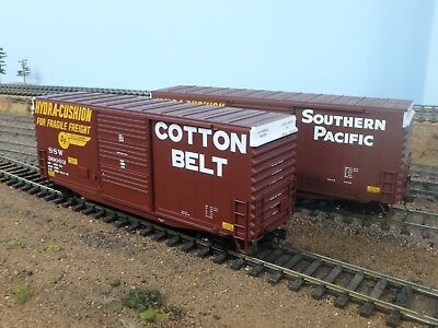 2 Atlas O Scale 2 Rail Southern Pacific Boxcars