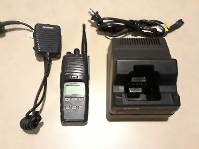Harris P7300 Multi-Mode 764-870 MHz Two Way Radio w Mic & Charger MAEV-S7HXX