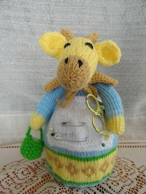 Hand Knitted Giraffe Pin Cushion With Pins Thimble & Sissors