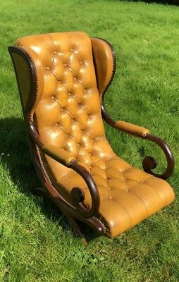 Antique Vintage Beautiful Wooden Victorian  Gentleman's Library Chair *