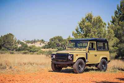 1989 Land Rover Defender Santana 2500DL