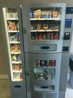 Nice Planet Antares Office Deli Combo Soda / Snack Vending Machine