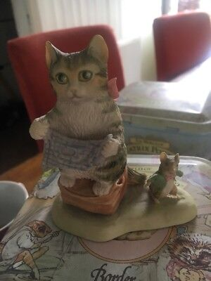 Border Fine Arts - Beatrix Potter - BP21 Miss Moppet And The Mouse