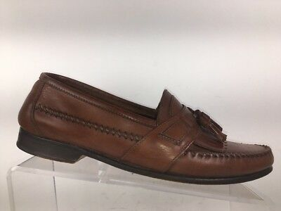 b25905bc33b Bass Henry II Brown Suede Tassel Kilt Moc Toe Boat Shoes Loafers