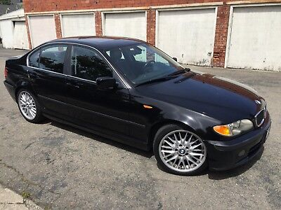 2003 BMW 3-Series  2003 BMW 330i rare manual transmission! Well maintained w/all maintenance record