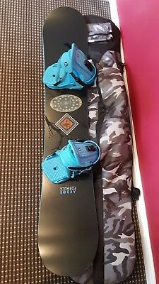 mens 158 Arbor Snowboard with large force bindings