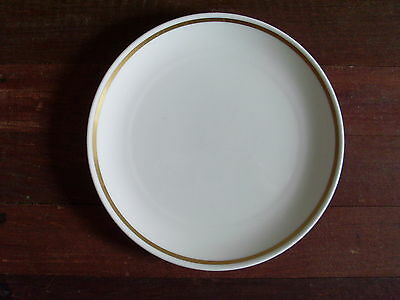 ROYAL TUSCAN 'SOVREIGN' England WHITE/GOLD ENTREE PLATE * Fine Bone China