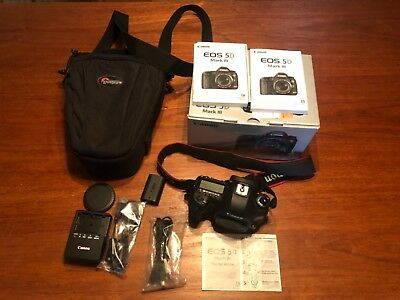 Canon EOS 5D Mark III 22.3MP Digital SLR Camera with Bag, shutter count 445